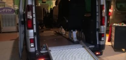 Transformation d'un Renault Trafic H1L1 pour le transport d'un fauteuil roulant
